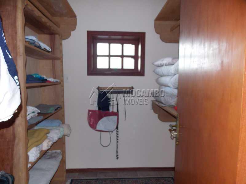 closet - Casa em Condomínio Itaembú, Rodovia Alkindar Monteiro Junqueira,Itatiba, Bairro Sítio da Moenda, SP À Venda, 4 Quartos, 530m² - FCCN40067 - 21