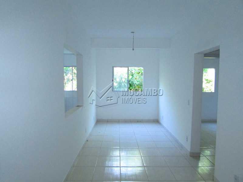 Sala - Apartamento 2 Quartos À Venda Itatiba,SP - R$ 190.000 - FCAP20443 - 1