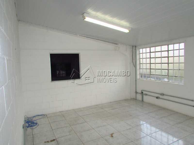 Escritorio 04 - Galpão Para Alugar - Itatiba - SP - Jardim da Luz - FCGA00107 - 18