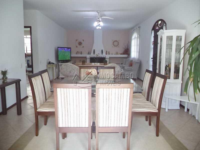 Sala Ampla Com Lareira - Casa em Condomínio 4 quartos à venda Itatiba,SP - R$ 1.280.000 - FCCN40071 - 3