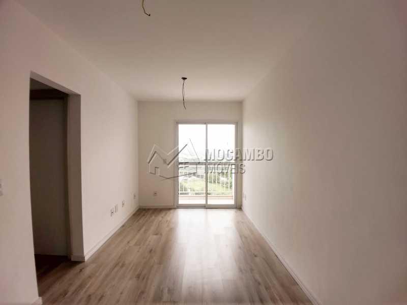 Sala - Apartamento Para Alugar no Condomínio Edifício Bella Morada - Loteamento Santo Antônio - Itatiba - SP - FCAP20461 - 1
