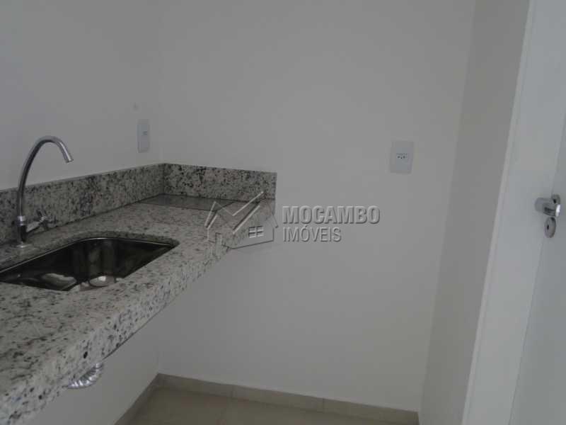 Copa - Sala Comercial Para Alugar no Condomínio Edifício Office Center - Centro - Itatiba - SP - FCSL00122 - 11