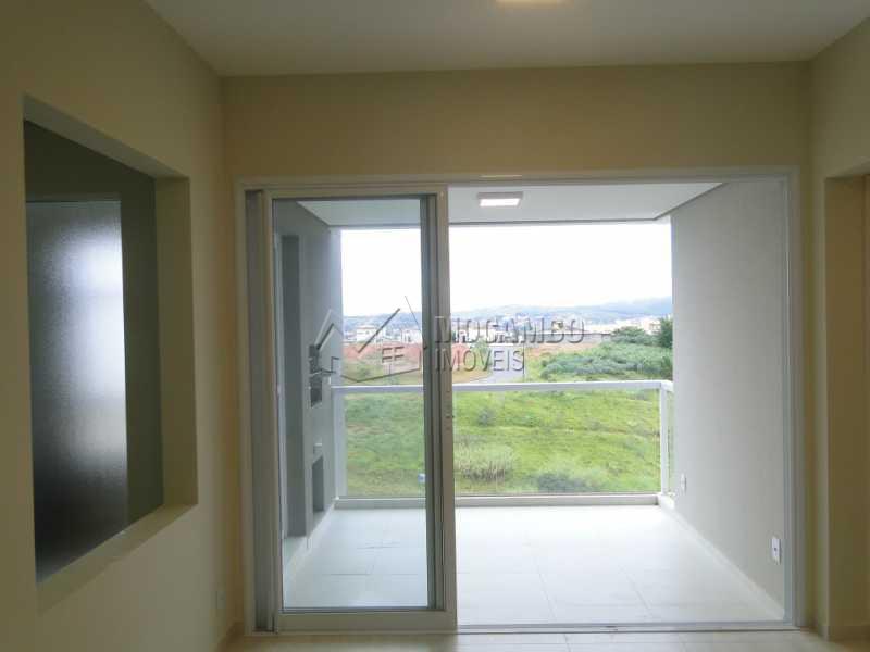 Sala - Apartamento Condomínio Edifício Residencial Espanha, Itatiba, Jardim Alto de Santa Cruz, SP Para Alugar, 2 Quartos, 68m² - FCAP20493 - 3