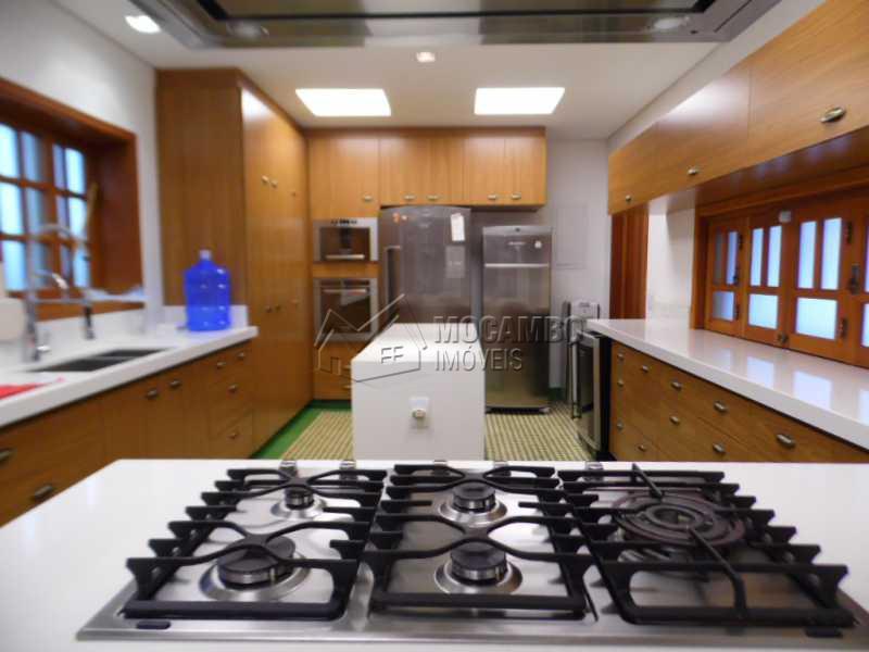 cozinha completa - Casa Para Venda ou Aluguel no Condomínio Itaembú - Sítio da Moenda - Itatiba - SP - FCCN30239 - 5