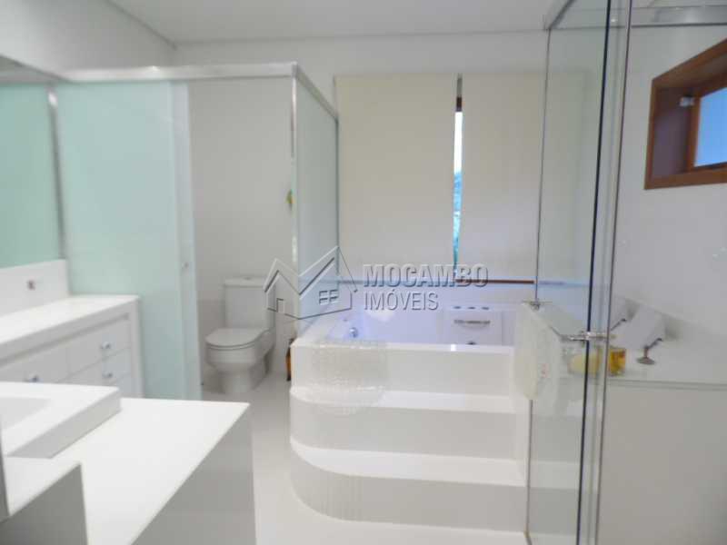 w.c. suite - Casa Para Venda ou Aluguel no Condomínio Itaembú - Sítio da Moenda - Itatiba - SP - FCCN30239 - 15