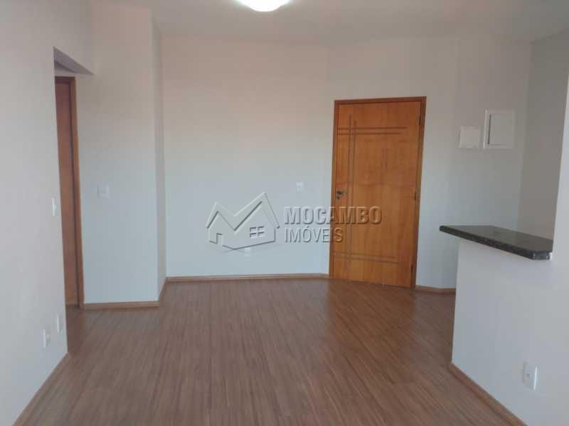 Sala - Apartamento 2 quartos à venda Itatiba,SP - R$ 330.000 - FCAP20511 - 3