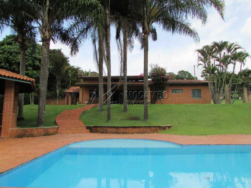 Piscina  - Casa À Venda no Condomínio Capela do Barreiro - Capela do Barreiro - Itatiba - SP - FCCN30247 - 1