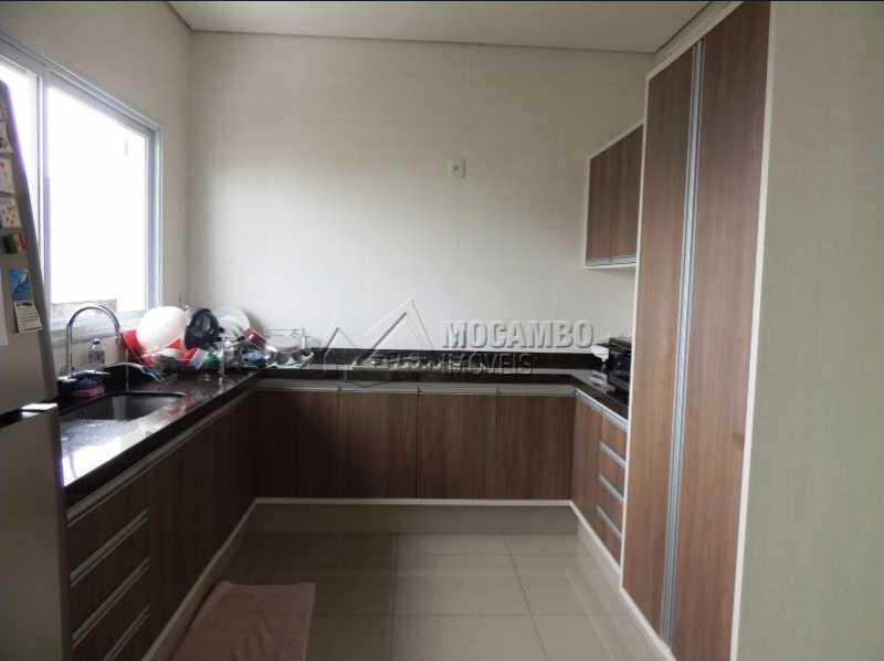Cozinha - Casa em Condominio À Venda - Itatiba - SP - Residencial Fazenda Serrinha - FCCN30248 - 8