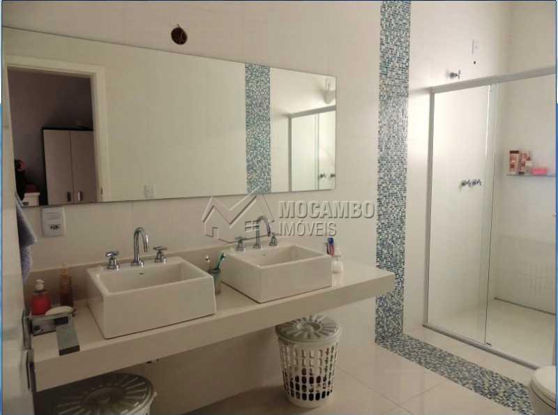 Banheiro Suite 01 - Casa em Condominio À Venda - Itatiba - SP - Residencial Fazenda Serrinha - FCCN30248 - 13