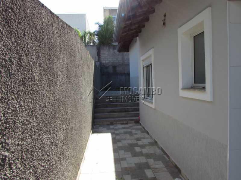 Corredor Lateral - Casa em Condominio À Venda - Itatiba - SP - Residencial Fazenda Serrinha - FCCN30257 - 9