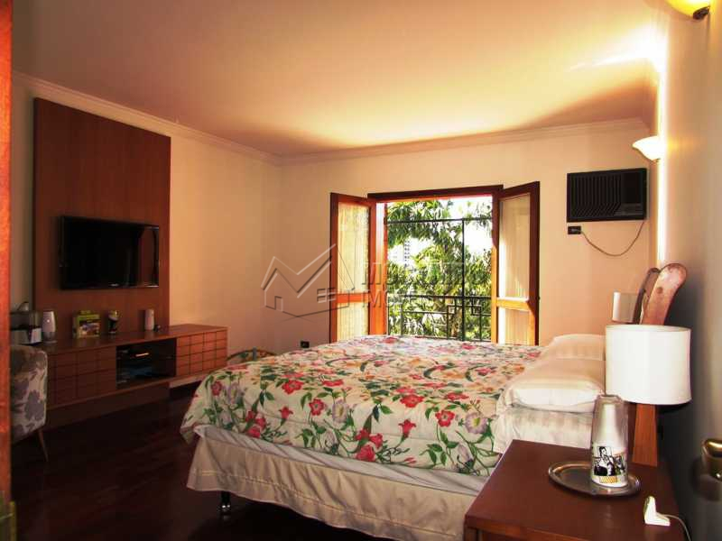 Suite master - Casa em Condomínio à venda Alameda Áustria,Barueri,SP - R$ 2.800.000 - FCCN40087 - 17