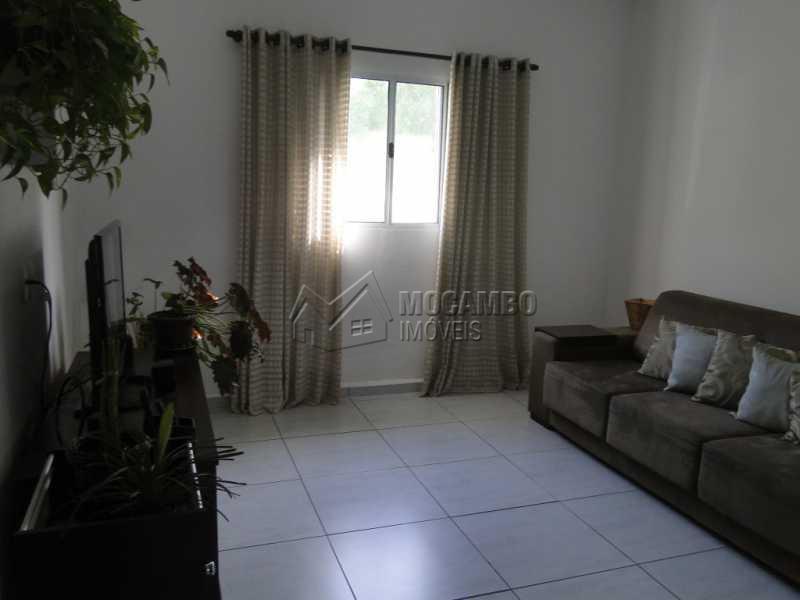 Sala - Casa À Venda no Condomínio Bosque dos Pires - Sítio da Moenda - Itatiba - SP - FCCN30263 - 4