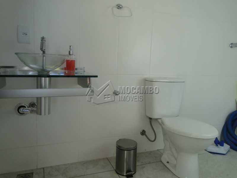 Banheiro - Casa À Venda no Condomínio Bosque dos Pires - Sítio da Moenda - Itatiba - SP - FCCN30263 - 12