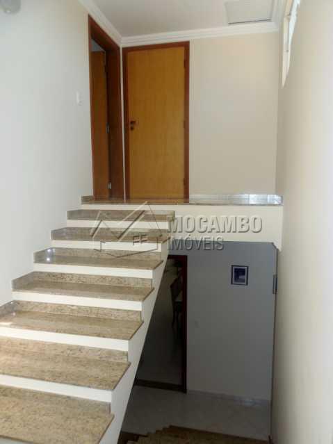 Acesso ao escritório - Casa À Venda no Condomínio Ville Chamonix - Jardim Nossa Senhora das Graças - Itatiba - SP - FCCN30267 - 22