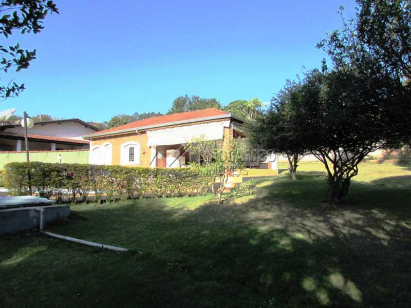 Pomar - Casa em Condominio Rodovia Romildo Prado,Itatiba,Bairro Itapema,SP À Venda,3 Quartos,240m² - FCCN30270 - 16