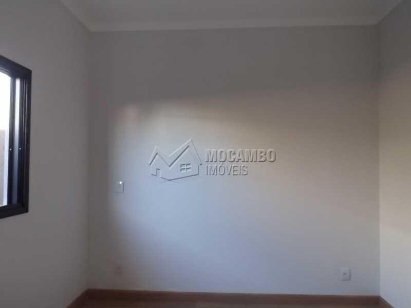 Suíte - Casa em Condominio À Venda - Itatiba - SP - Residencial Fazenda Serrinha - FCCN30271 - 10