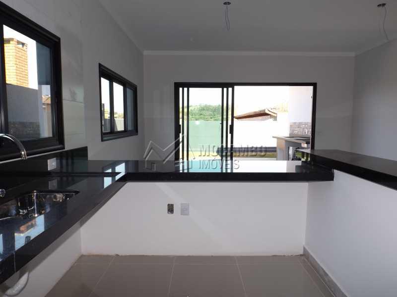 Cozinha Americana - Casa em Condominio À Venda - Itatiba - SP - Residencial Fazenda Serrinha - FCCN30271 - 14