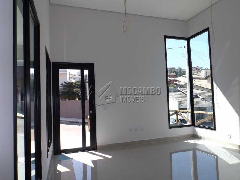 Sala - Casa em Condominio À Venda - Itatiba - SP - Residencial Fazenda Serrinha - FCCN30271 - 5