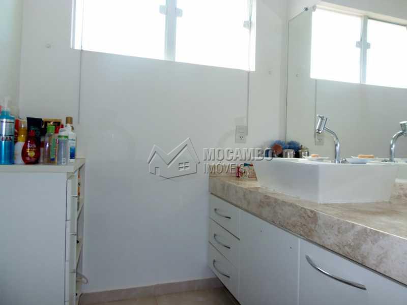 Banheiro Suíte - Casa em Condominio À Venda - Itatiba - SP - Residencial Fazenda Serrinha - FCCN30276 - 18