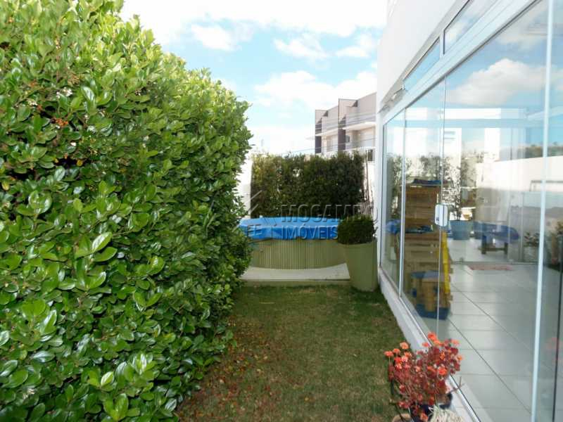 Jardim - Casa em Condominio À Venda - Itatiba - SP - Residencial Fazenda Serrinha - FCCN30276 - 27