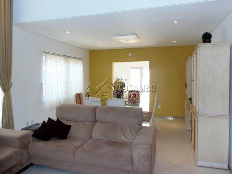 Sala - Casa em Condominio À Venda - Itatiba - SP - Residencial Fazenda Serrinha - FCCN30282 - 3