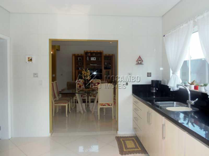 Cozinha - Casa em Condominio À Venda - Itatiba - SP - Residencial Fazenda Serrinha - FCCN30282 - 5