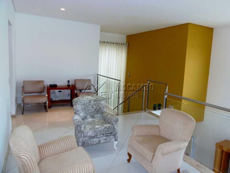 Sala Intima - Casa em Condominio À Venda - Itatiba - SP - Residencial Fazenda Serrinha - FCCN30282 - 16
