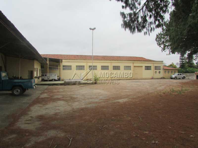 Área Externa - Galpão Para Alugar - Itatiba - SP - Jardim Santo Antônio - FCGA00122 - 5