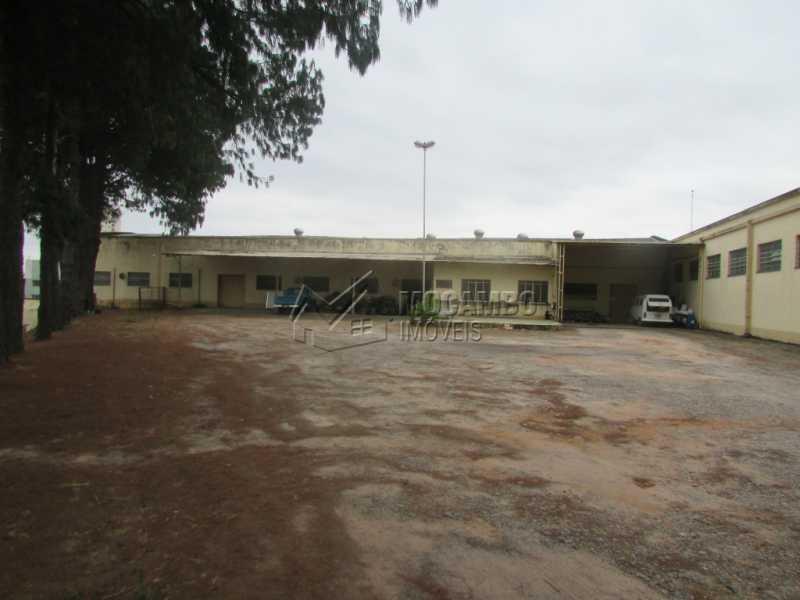 Área Externa - Galpão Para Alugar - Itatiba - SP - Jardim Santo Antônio - FCGA00122 - 7