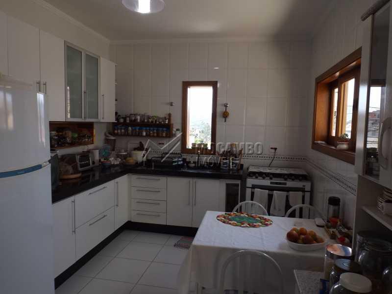 Cozinha - Casa À Venda no Condomínio Itatiba Country Club - Residencial Fazenda Serrinha - Itatiba - SP - FCCN40091 - 5