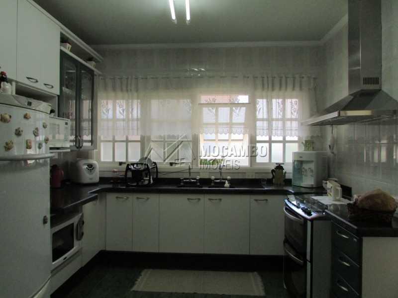 Cozinha - Casa À Venda no Condomínio Ville Chamonix - Condomínio Ville Chamonix - Itatiba - SP - FCCN60003 - 14