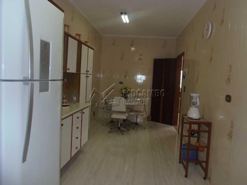 Cozinha - Casa À Venda no Condomínio Capela do Barreiro - Capela do Barreiro - Itatiba - SP - FCCN30284 - 8