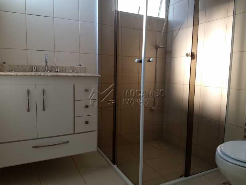Banheiro Suíte 1 - Casa em Condominio À Venda - Itatiba - SP - Residencial Fazenda Serrinha - FCCN30287 - 9
