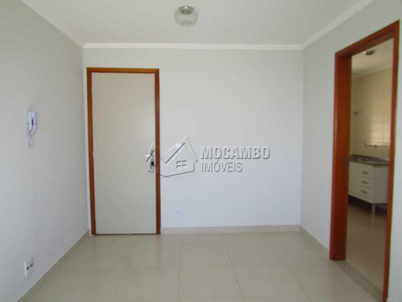 Sala - Apartamento 3 Quartos Para Alugar Itatiba,SP - R$ 840 - FCAP30391 - 1