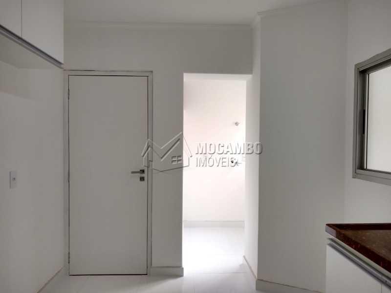 Entrada de serviço/ lavanderia - Apartamento Condomínio Edifício Paulo Afonso, Itatiba, Jardim Belém, SP Para Alugar, 2 Quartos, 72m² - FCAP20666 - 3