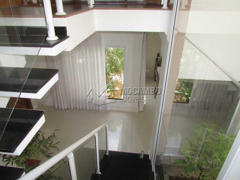 Escada - Casa em Condomínio Bosque dos Pires, Rodovia Alkindar Monteiro Junqueira,Itatiba, Bairro Sítio da Moenda, SP À Venda, 4 Quartos, 358m² - FCCN40100 - 24