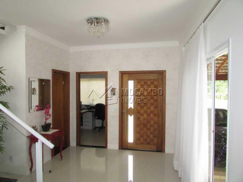 Hall de entrada - Casa em Condomínio Bosque dos Pires, Rodovia Alkindar Monteiro Junqueira,Itatiba, Bairro Sítio da Moenda, SP À Venda, 4 Quartos, 358m² - FCCN40100 - 27