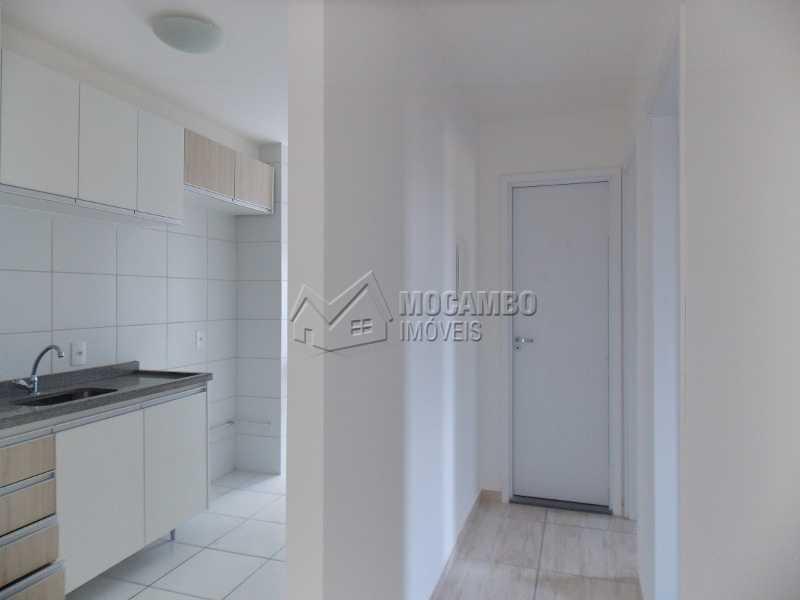 Cozinha / corredor - Apartamento 2 Quartos À Venda Itatiba,SP - R$ 220.000 - FCAP20667 - 3