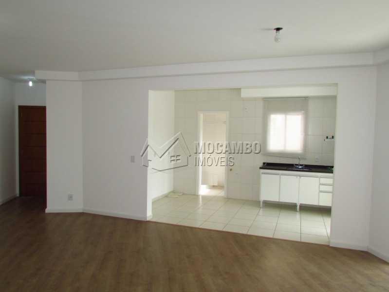 Sala - Apartamento Condomínio Edifício Panorama, Itatiba, Centro, SP À Venda, 3 Quartos, 118m² - FCAP30404 - 4