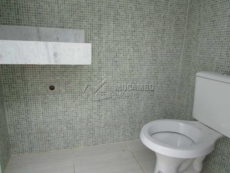 Banheiro Externo  - Casa em Condominio À Venda - Itatiba - SP - Residencial Fazenda Serrinha - FCCN30307 - 16
