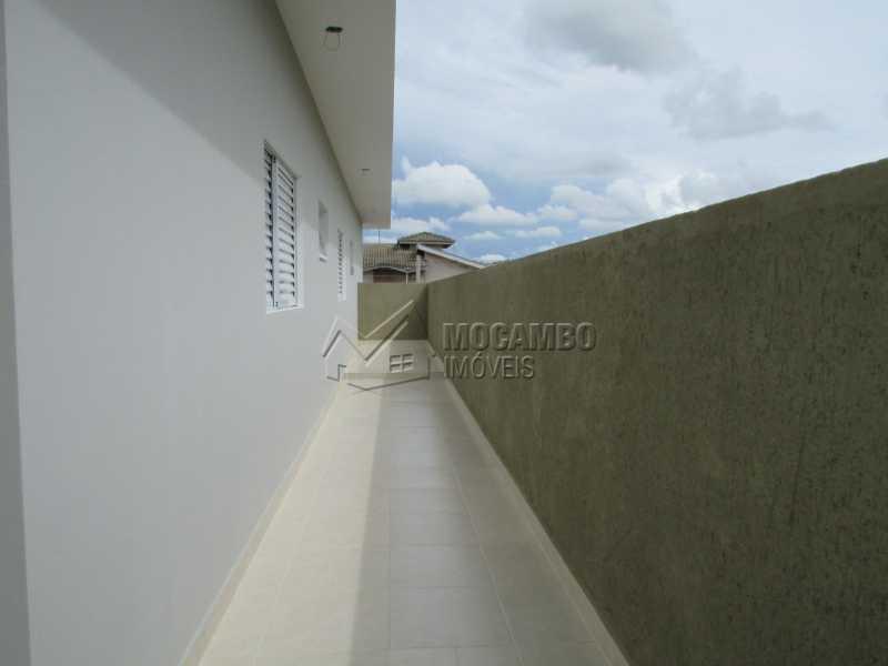 Corredor  - Casa em Condominio À Venda - Itatiba - SP - Residencial Fazenda Serrinha - FCCN30307 - 17