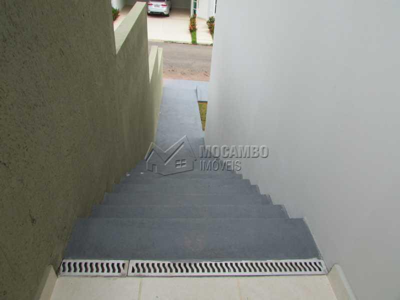 Escada externa  - Casa em Condominio À Venda - Itatiba - SP - Residencial Fazenda Serrinha - FCCN30307 - 21
