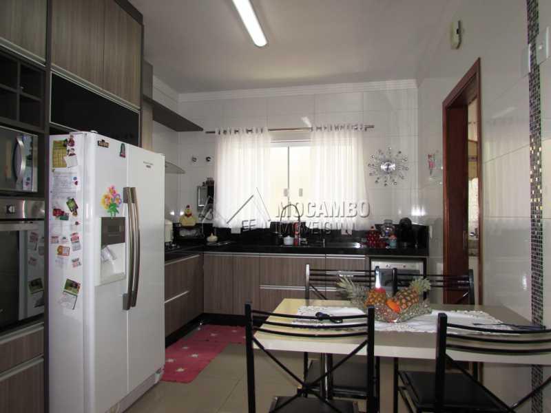 Cozinha - Casa em Condominio À Venda - Itatiba - SP - Residencial Fazenda Serrinha - FCCN30309 - 9