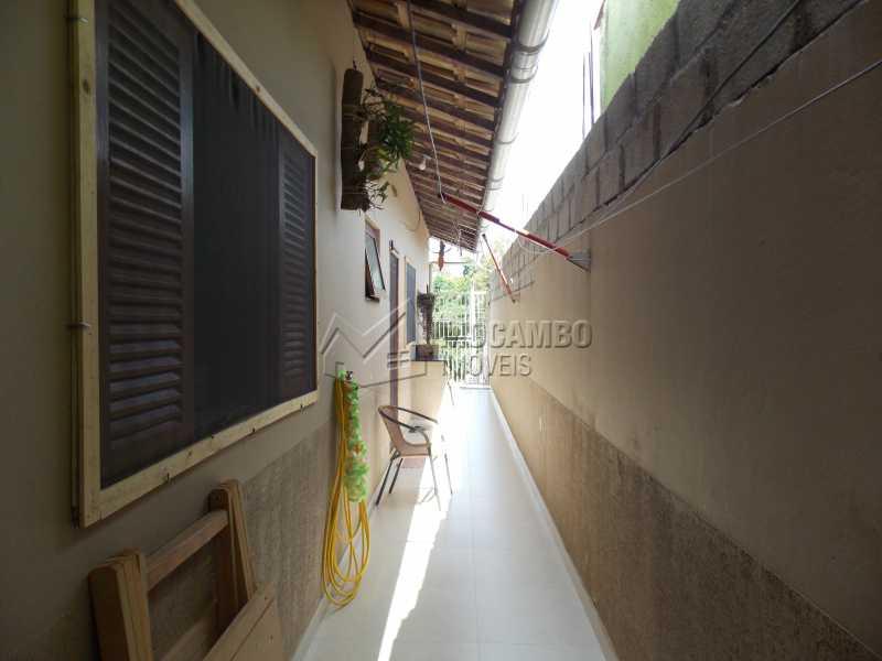 Lateral - Casa À Venda - Itatiba - SP - Loteamento Parque da Colina II - FCCA10181 - 7