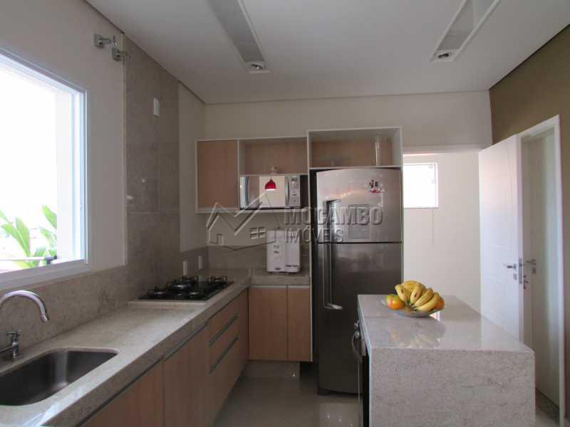 Cozinha  - Casa À Venda no Condomínio Itatiba Country Club - Residencial Fazenda Serrinha - Itatiba - SP - FCCN30311 - 6