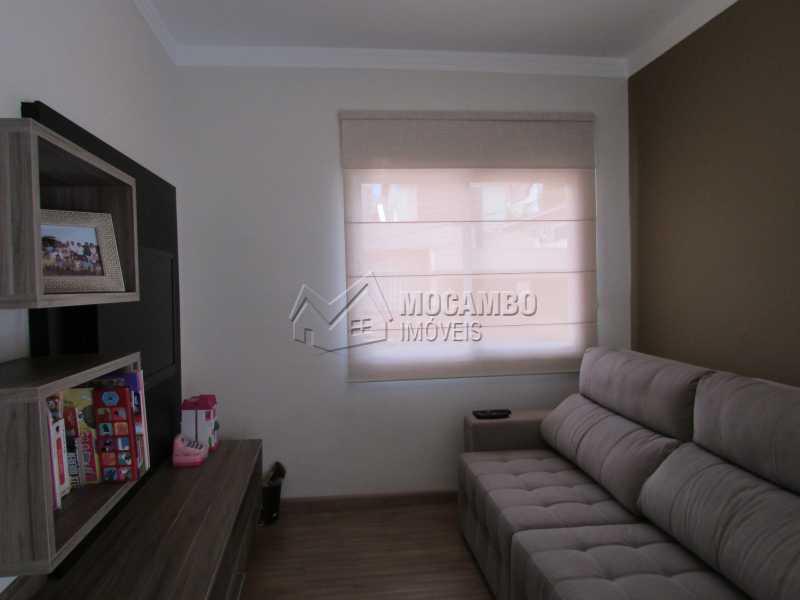 Sala de TV  - Casa À Venda no Condomínio Itatiba Country Club - Residencial Fazenda Serrinha - Itatiba - SP - FCCN30311 - 8
