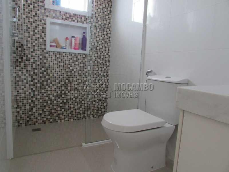 Banheiro Suíte  - Casa À Venda no Condomínio Itatiba Country Club - Residencial Fazenda Serrinha - Itatiba - SP - FCCN30311 - 12