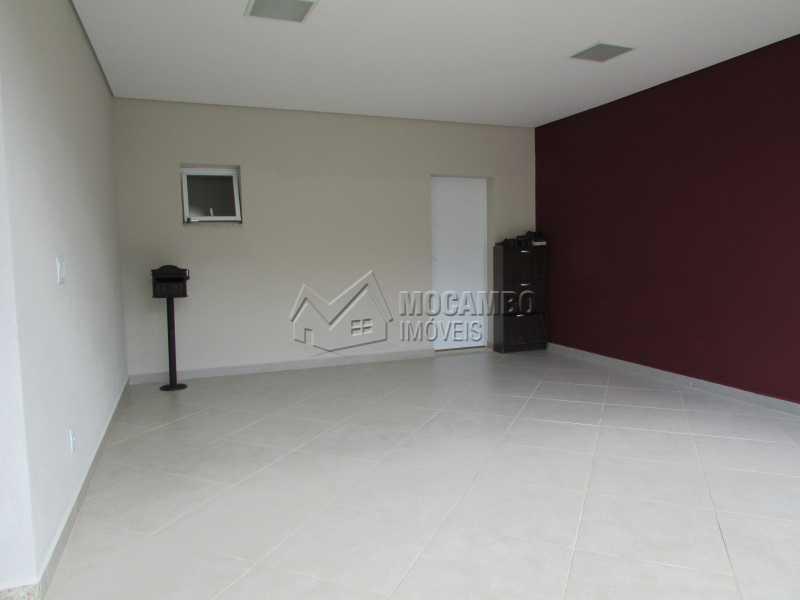 Garagem  - Casa À Venda no Condomínio Itatiba Country Club - Residencial Fazenda Serrinha - Itatiba - SP - FCCN30311 - 24