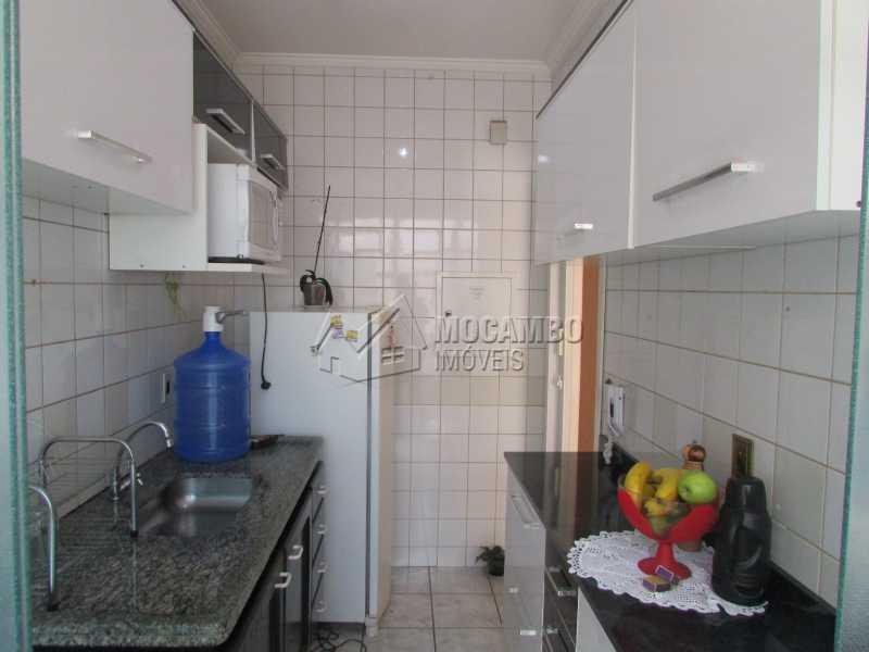 Cozinha - Apartamento À Venda no Condomínio Residencial Fernanda - Jardim México - Itatiba - SP - FCAP30408 - 3