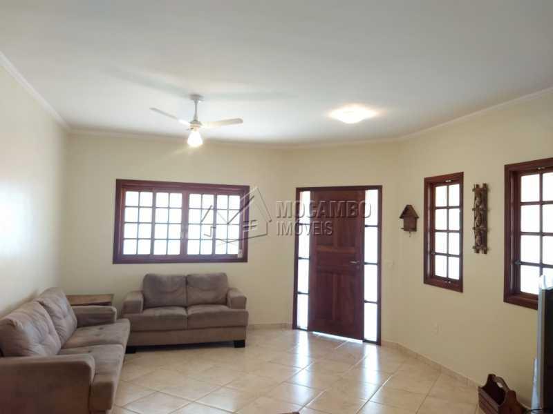 Sala - Casa Para Alugar no Condomínio Capela do Barreiro - Capela do Barreiro - Itatiba - SP - FCCN30317 - 10